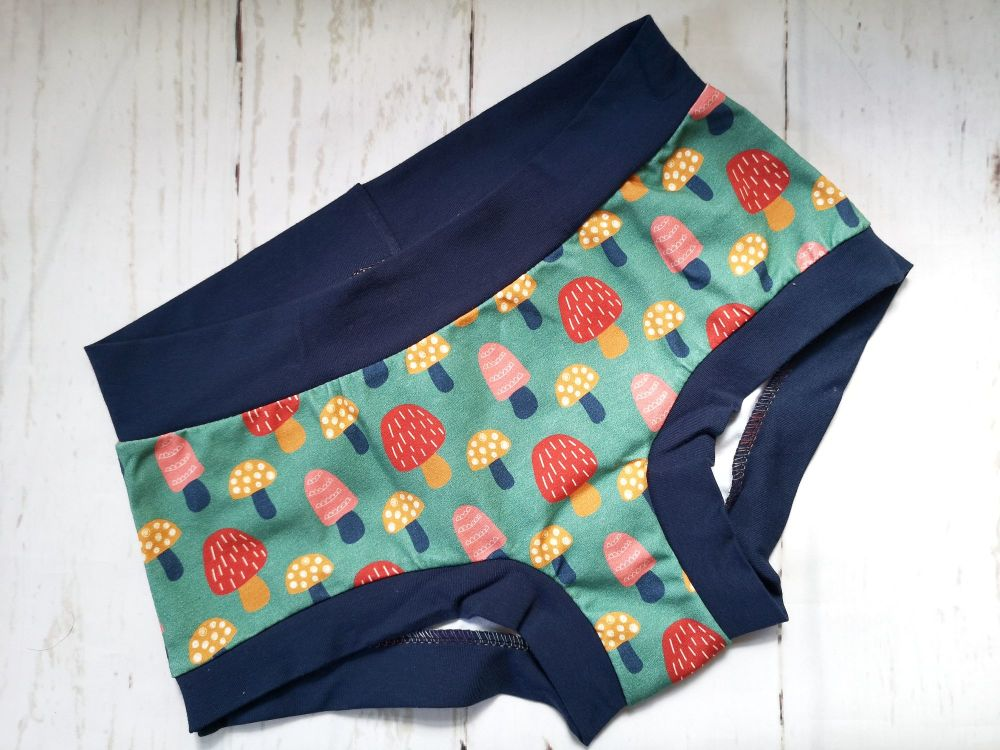 MEDIUM Boy Shorts UK 10-12 -Garden Shrooms