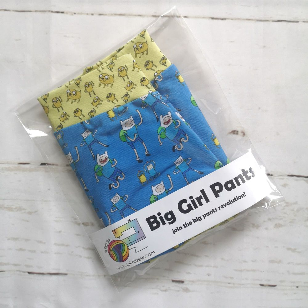 MEDIUM Boy Shorts UK 10-12 - Finn & Jake