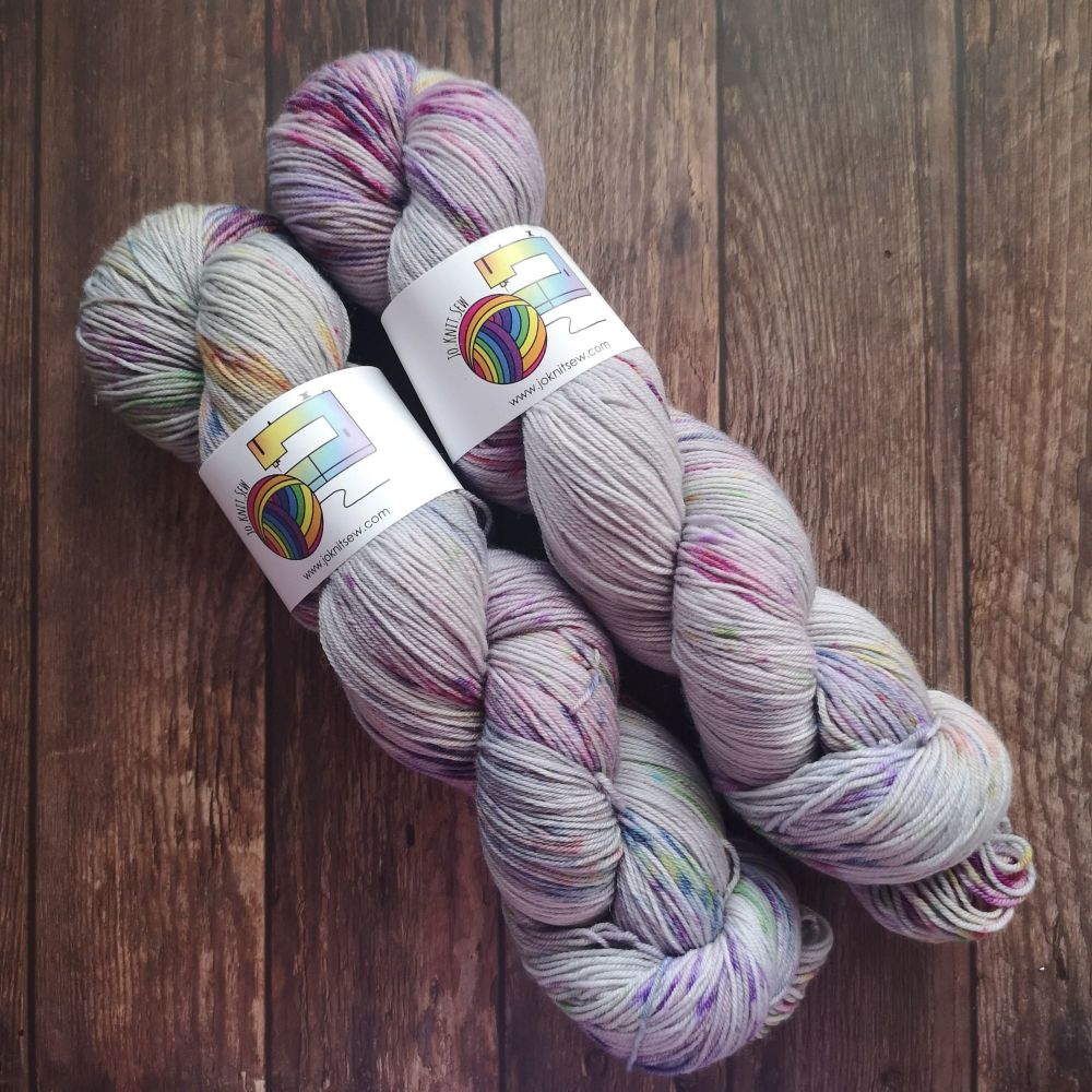 Proud Greckles on Merino Nylon Platinum sock