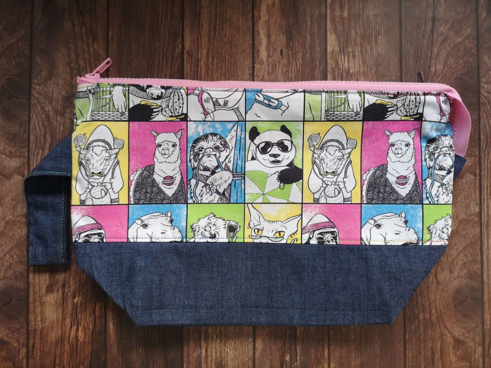 Crafty Animal Boxy Bottomed Project Bag - Baby Pink Zip