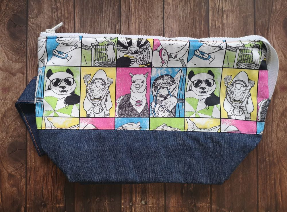 Crafty Animal Boxy Bottomed Project Bag - White Zip