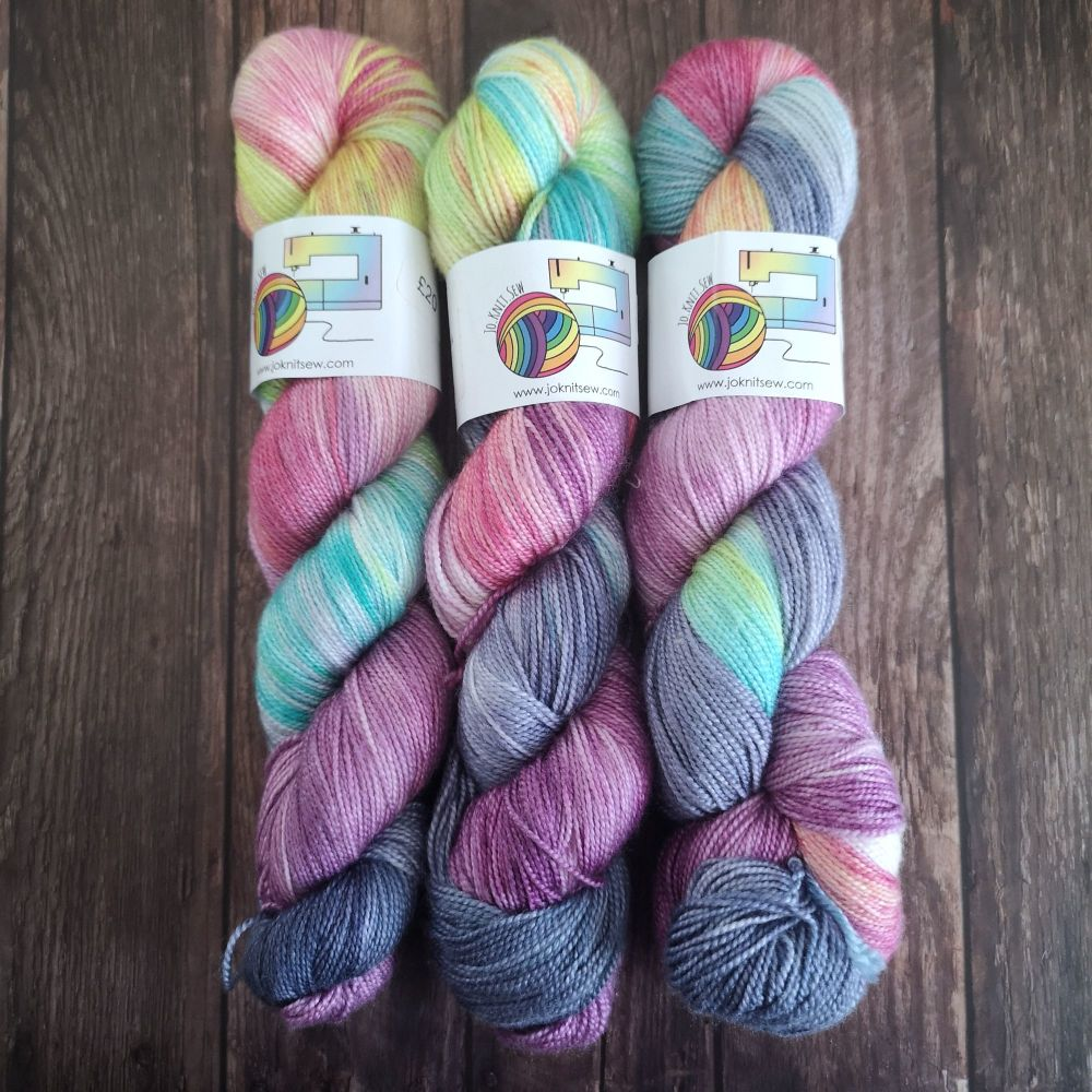 Squishee on Merino Silk High Twist Sock