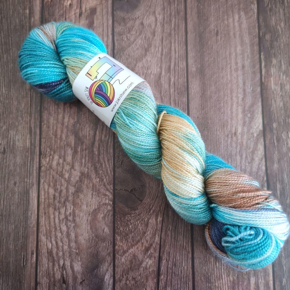 Veridgris on Merino Silk High Twist Sock