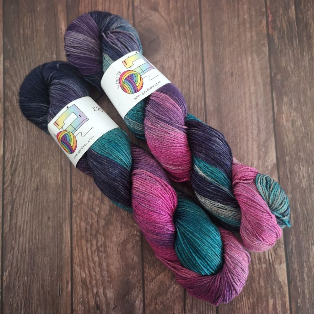 Twisted Sister on Merino / Yak / Nylon sock