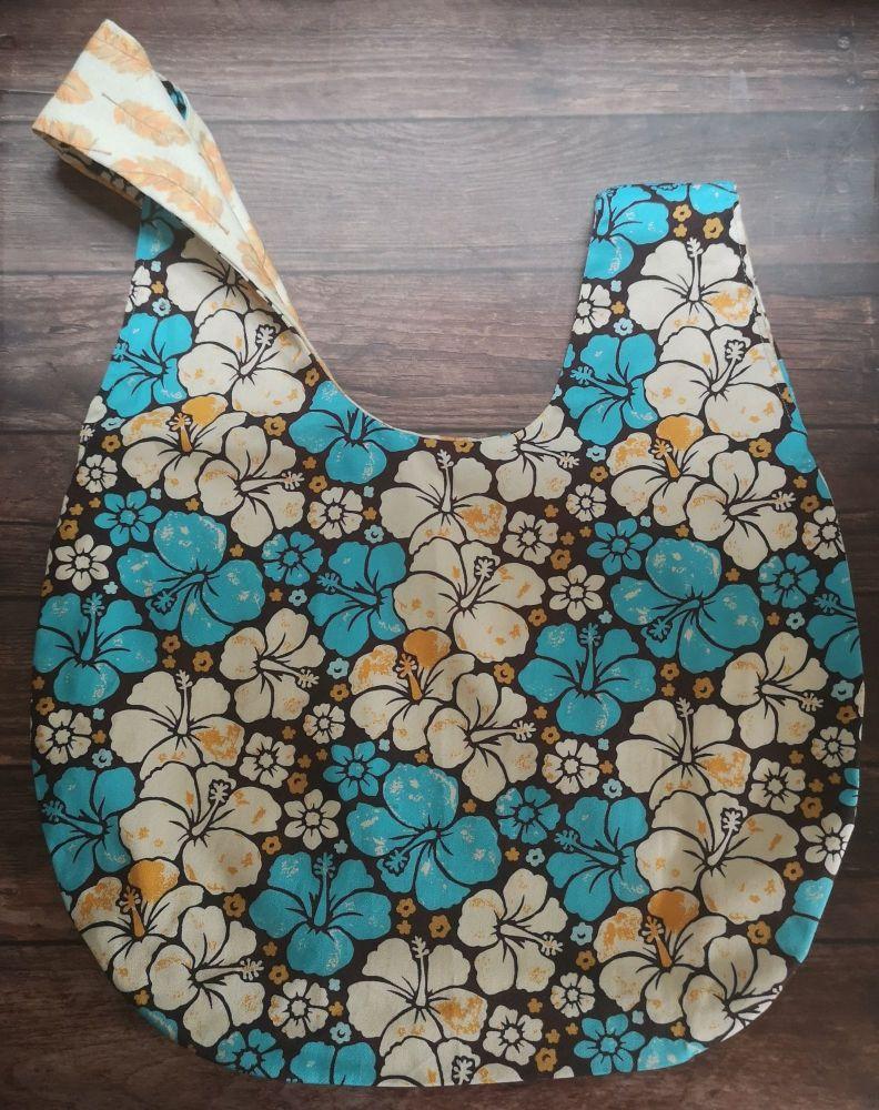 Hibiscus / Feathers Medium Project Bag (Zip Pocket)