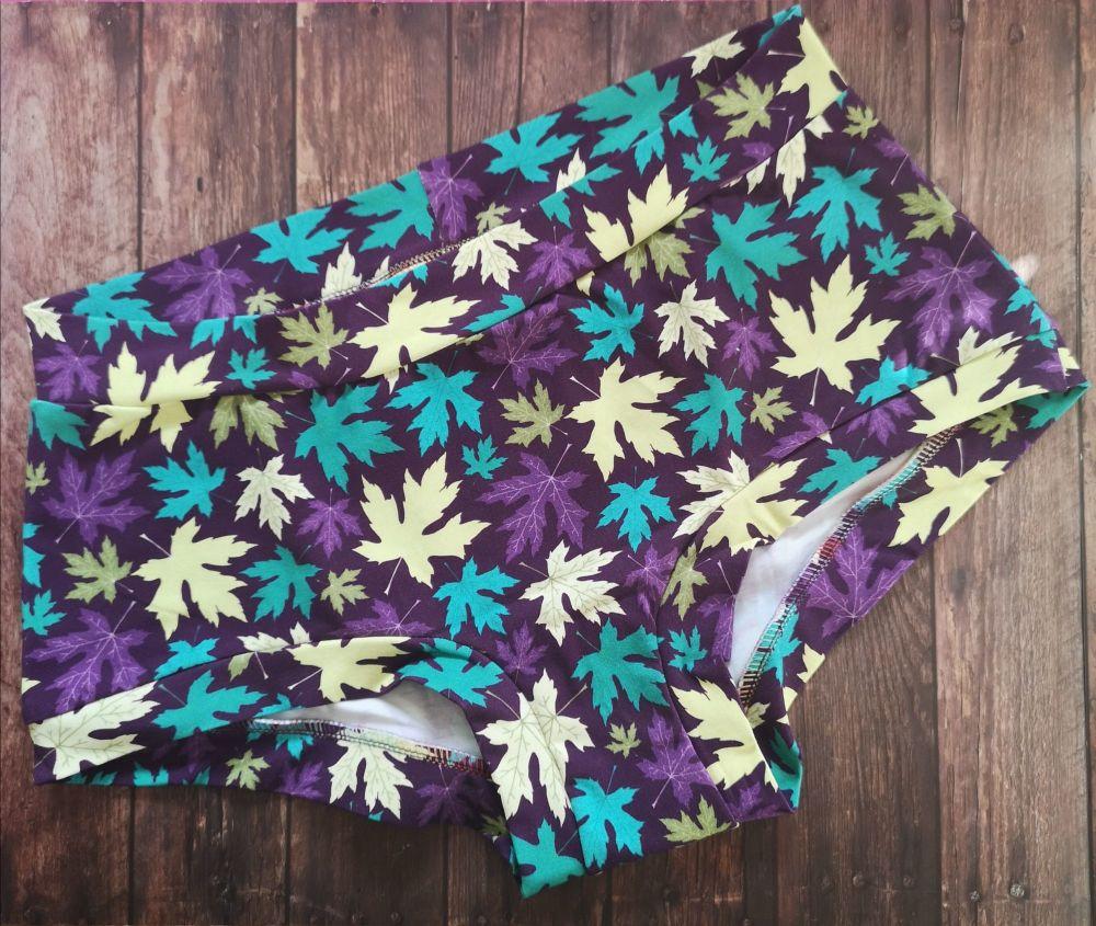 XL Boy Shorts UK 18-20 - Autumns Leaves