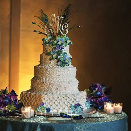 Wedding cake with peacock feathers