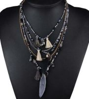 Tassel Feather Beaded Necklace (Black and White)