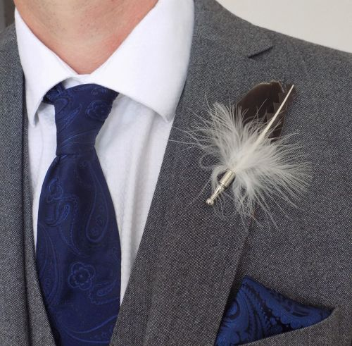 Feather Boutonnière Buttonhole - Natural
