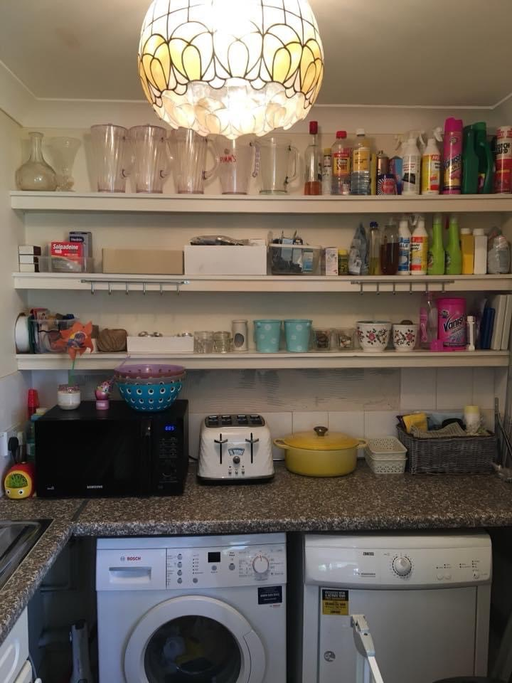 Kitchen declutter Wimbledon