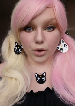 Lunar Cat Contrast Earrings