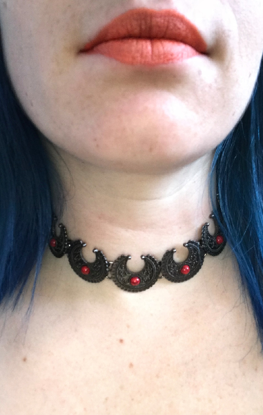 Blood Moon Choker