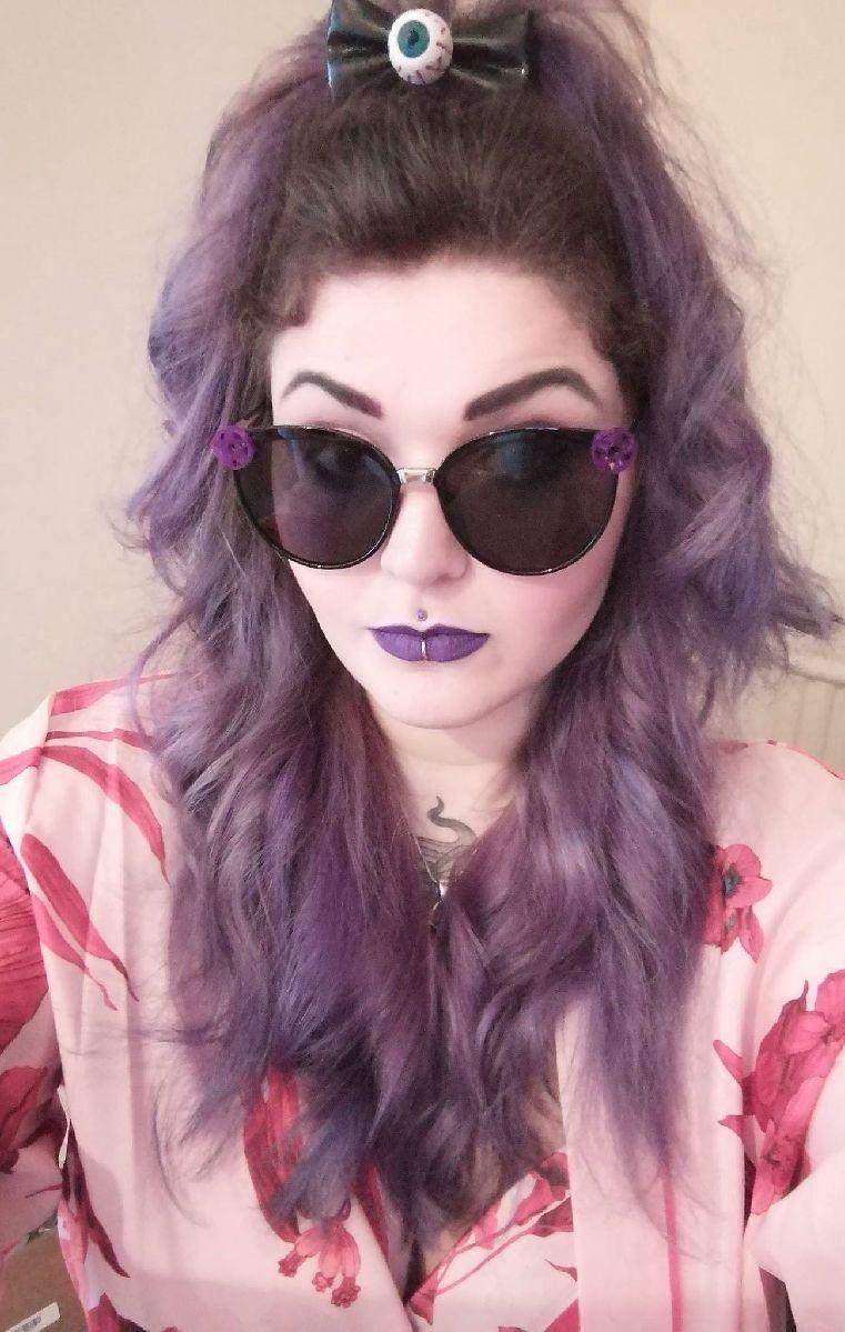 Pentacle Oval Sunglasses