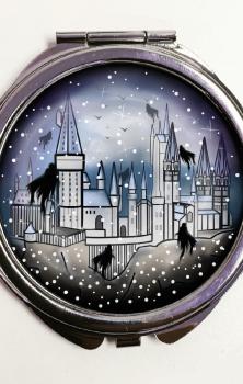 Hogwarts Pocket Mirror
