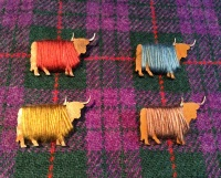 Highland Cow Coo Brooch Wool Wrapped