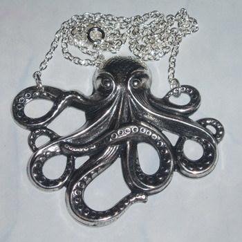 Octopus Pendant Necklace Creature Jules Verne Peaches Vogue