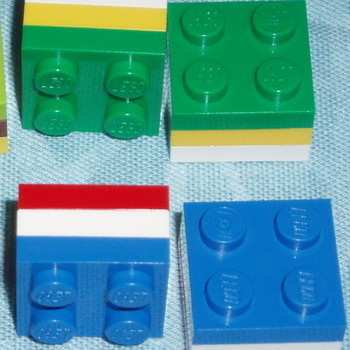 Lego Ring 2x2 Plate 3 Stripe Retro