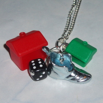 Monopoly Boot Pendant Hotel House Black Dice