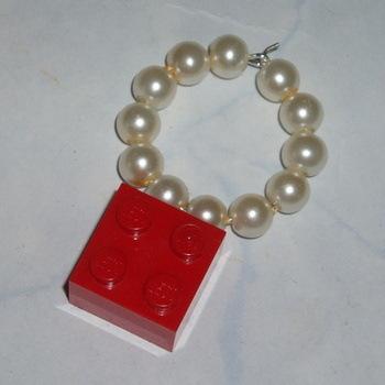 Lego Wineglass Marker Charm 2x2 Brick White Pearls Swarovski
