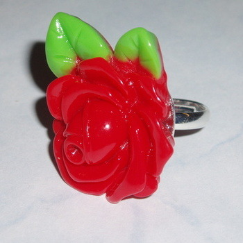 Rose Ring Red Green Leaves