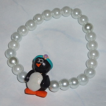 Penguin Bracelet Stretch Christmas Pearls White Teacher Gift