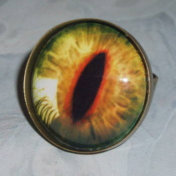 Eye Ring Golden Dragon Steampunk Glass Cabochon Antique Brass