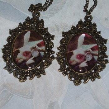 Alice White Rabbit Pendant Vintage Bezel Brass Chain I'm Late