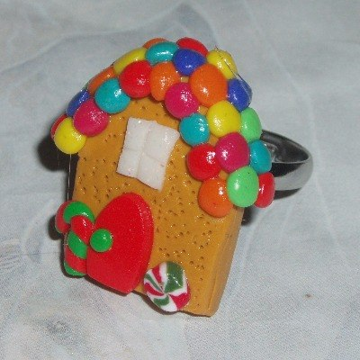 Gingerbread House Ring Christmas Cookie Biscuit Red Green