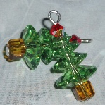 swarovski christmas tree earrings peridot