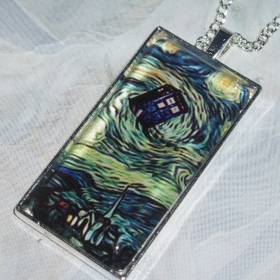 Dr Who Tardis Pendant Glass Cabochon Van Gogh Silver