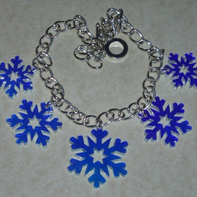 Snowflake Necklace Graduated Christmas Iridescent Acrylic