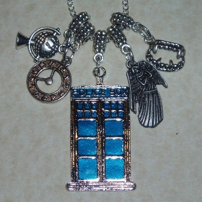 Dr Who Tardis Pendant Necklace Globe Clock Weeping Angel Fangs