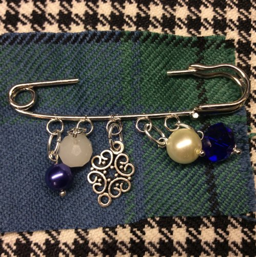 Celtic Love Knot Kilt Pin Charm Pearl Crystal Beads Scottish