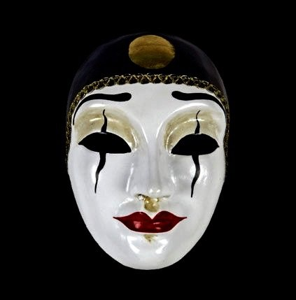 Pierrot mask image