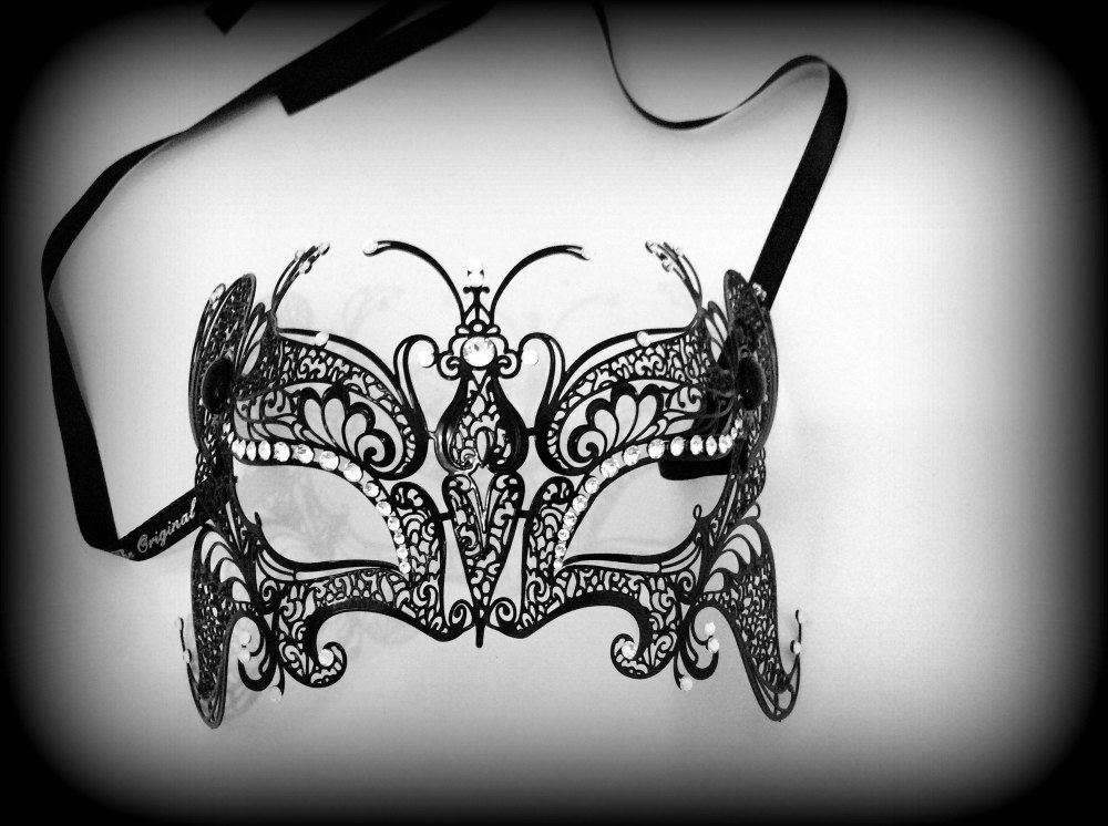 Deluxe Butterfly Strass Venetian Filigree Mask