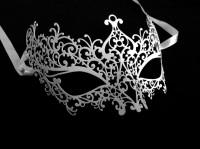 Ricciolo Filigree Masquerade Mask - White