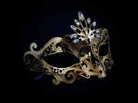 Nera Ora Filigree Mask - Gold Edition