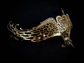 'Hearts Joined Forever' Filigree Lace Mask - Gold Lux