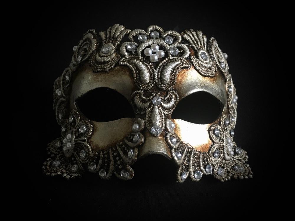 Deluxe Argento Macrame Luxury Venetian Masquerade Ball Mask