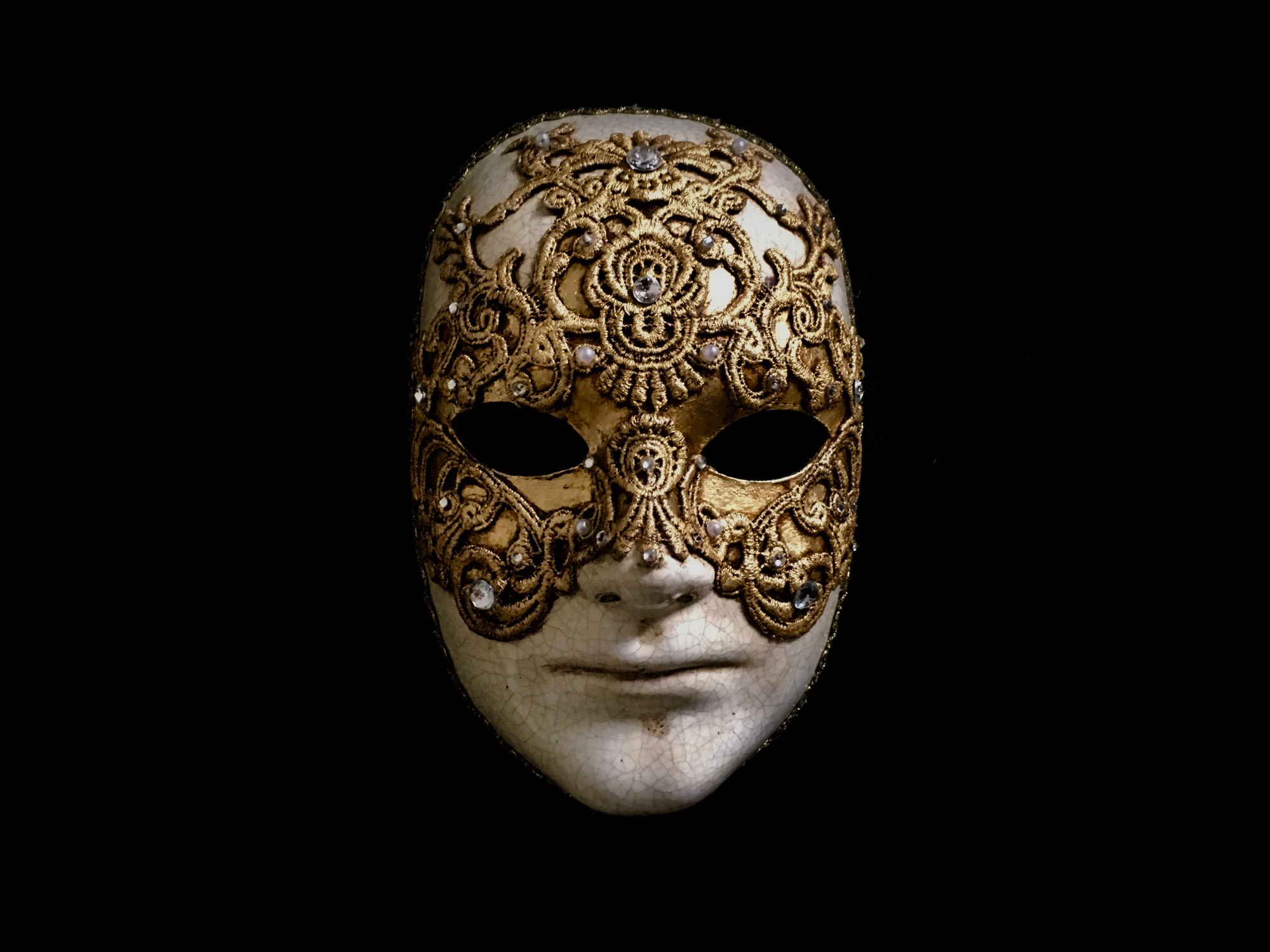 Gold Venetian mask worn by Tom Cruise in the movie Eyes Wide Shut