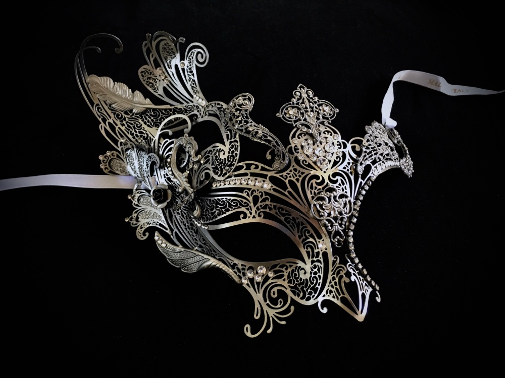 Elegance Barocca Filigree Masquerade Mask - Antique Silver