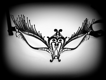 Swan Lux Filigree Mask - Swarovski