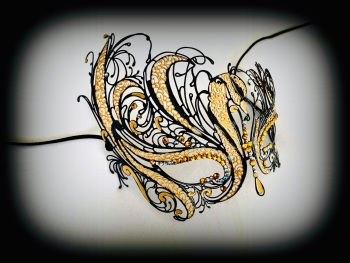 Mireille Filigree Mask - Black And Gold