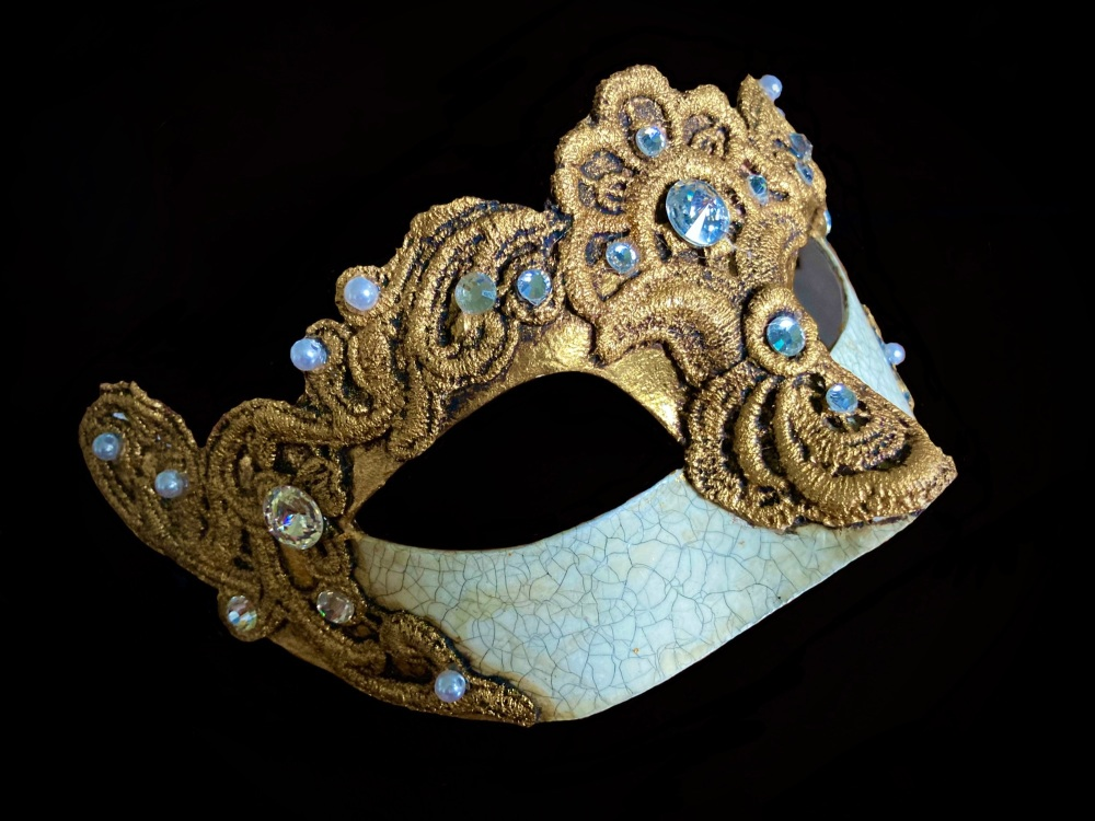 Madam Macrame Luxury Masquerade Ball Mask - Gold
