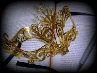 Nera Ora Filigree Mask - Gold Edition