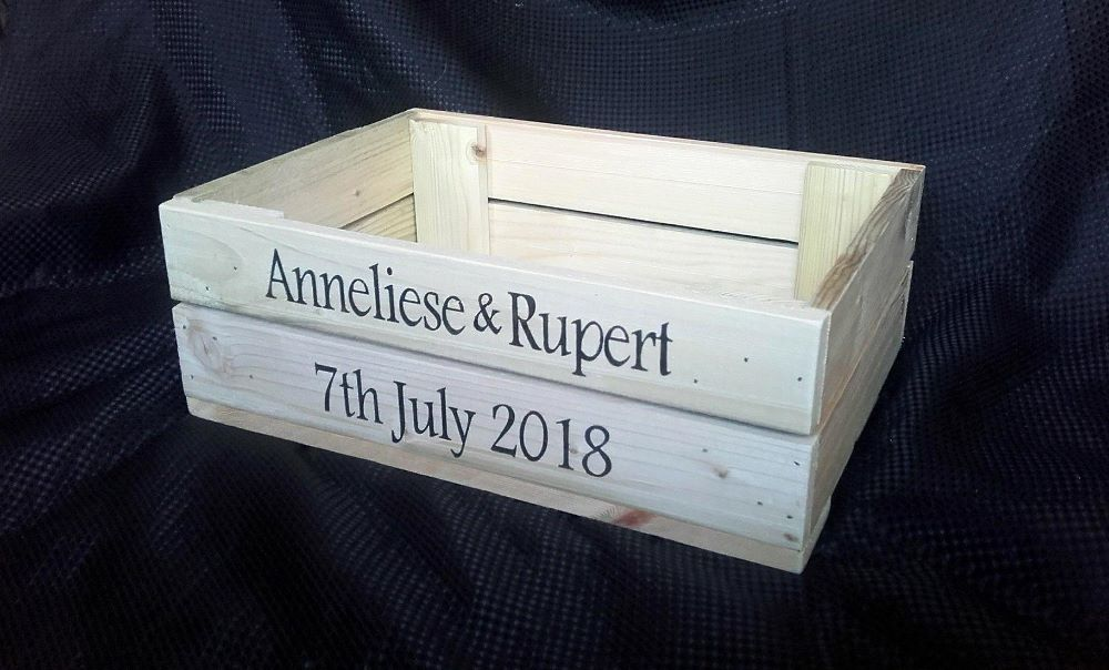 CRATES, HAMPERS & BOXES