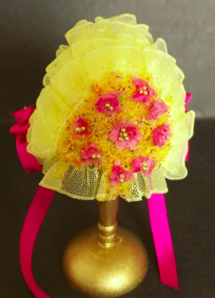 yellow vict bonnet 2