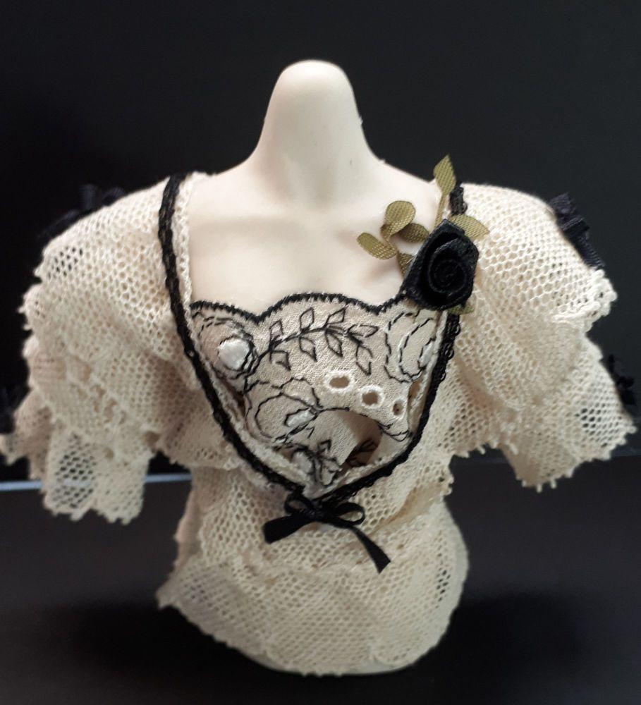 Edwardian blouse on mannequin