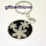 Silver Plated Flower Keyring - free engraving