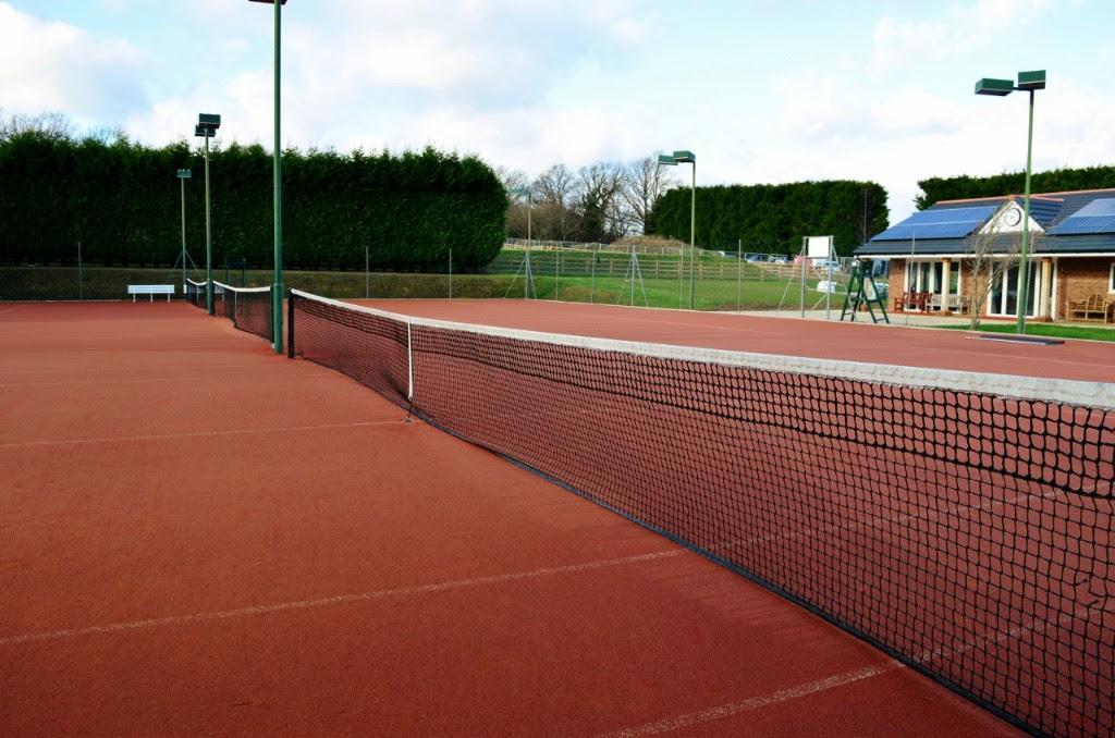 Slinfold courts